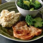 Karbonade met mosterdpuree en broccoli