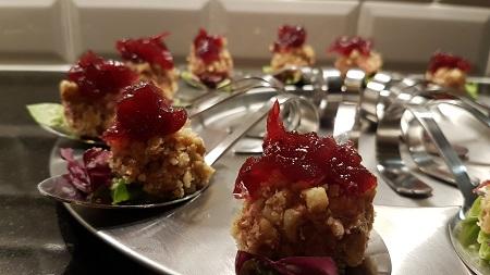 Lepel met paté en cranberry paté
